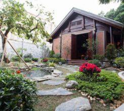 Thiết kế nhà gỗ sân vườn đẹp, khó hay dễ? Những thông tin cần biết khi thiết kế nhà gỗ sân vườn